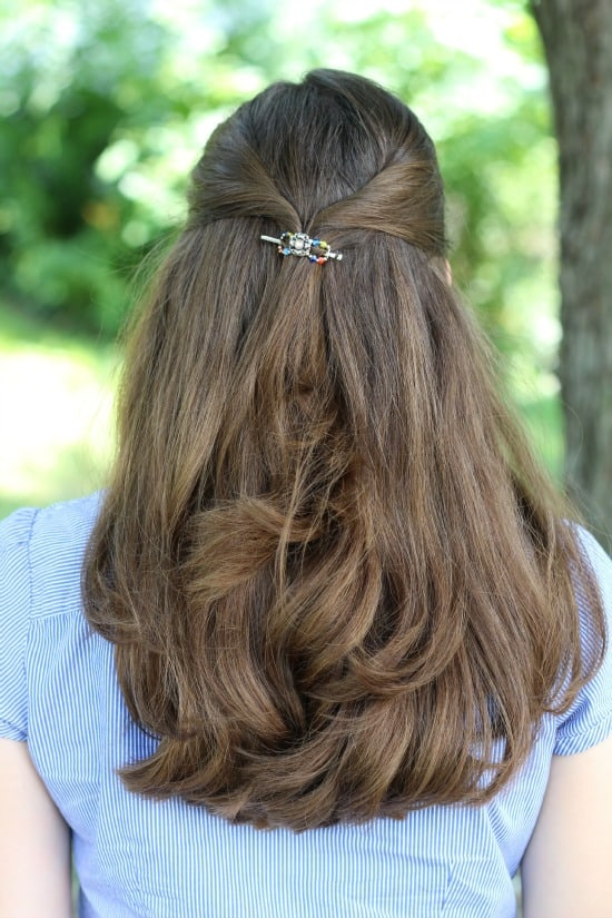 Curled hair with lilla rose flexi clip