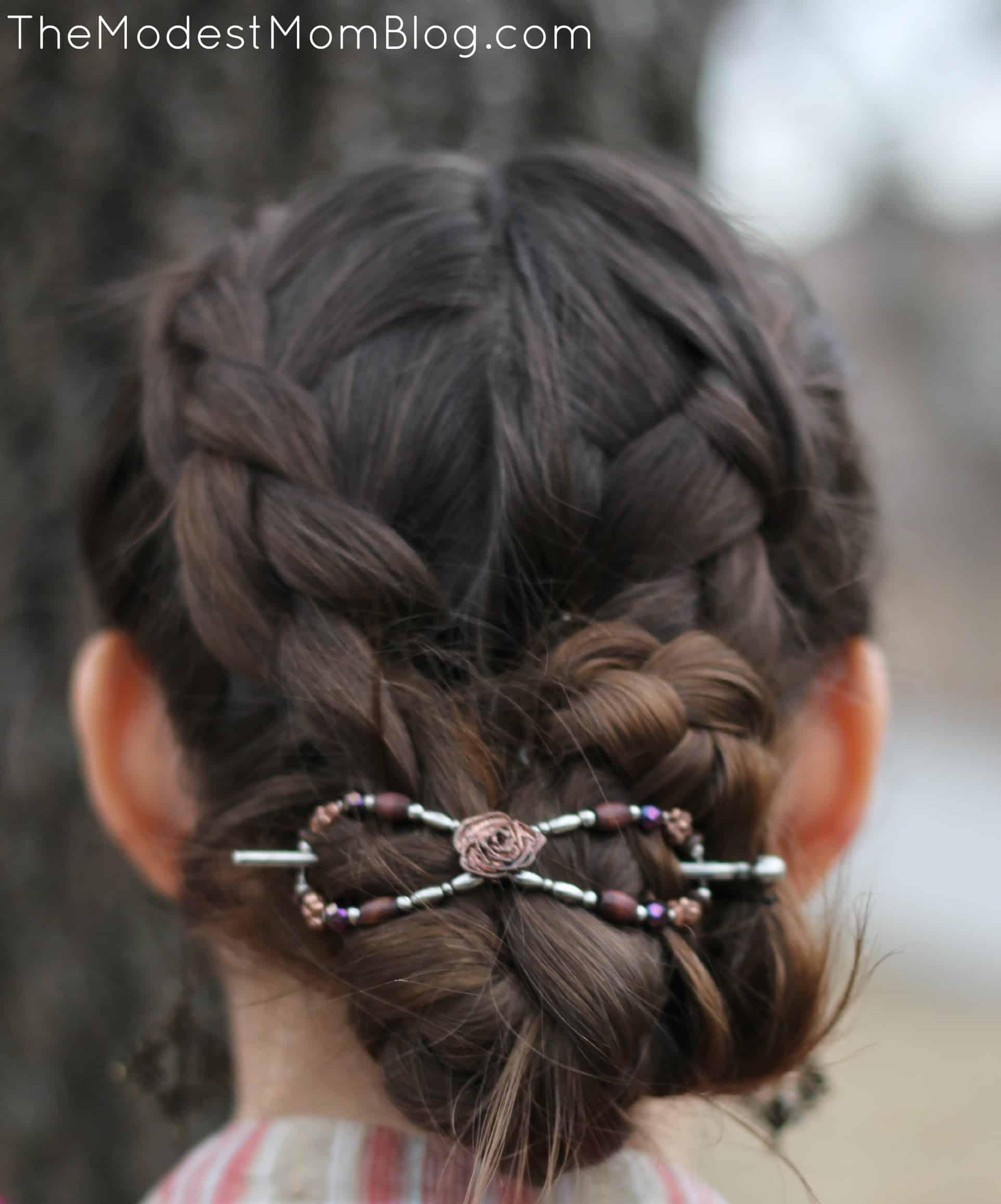 Braided Hair with Flexi Clip | themodestmomblog.com