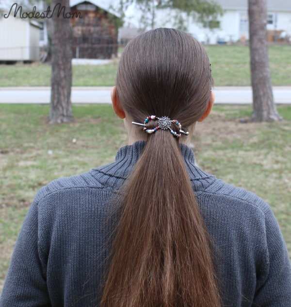 Flexi Clip for easy ponytail look!