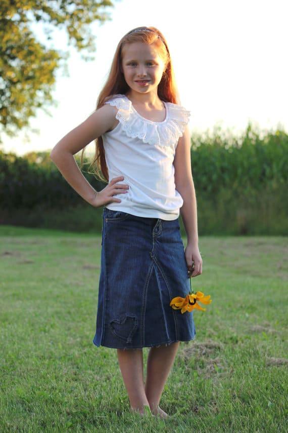 Girl's classic denim skirt!