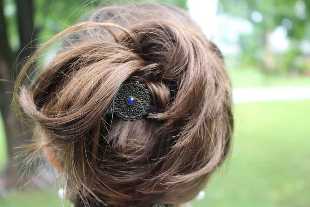 Hues of Blue Flexi Clip to hold up curls for summertime heat!