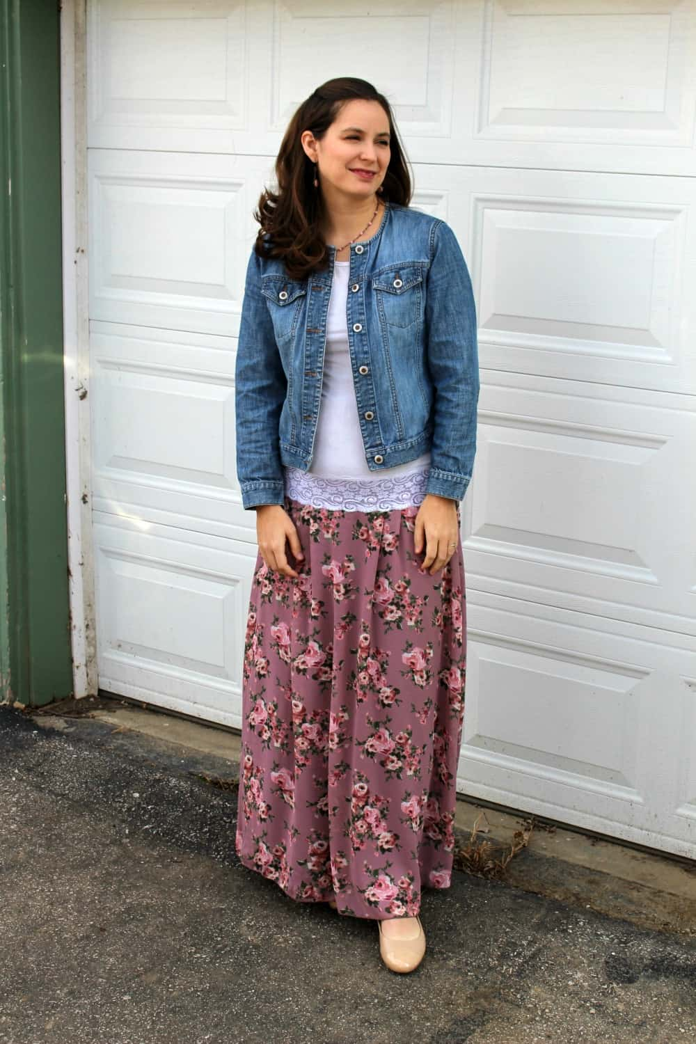 Rose colored maxi skirt with denim jacket