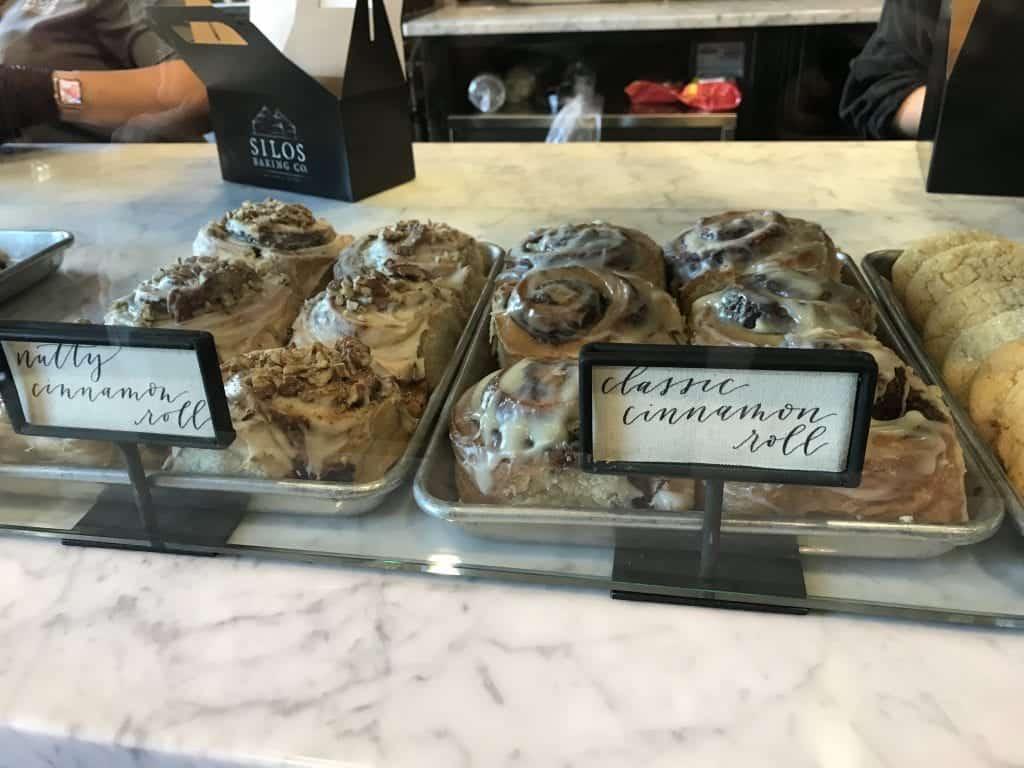 Inside the Magnolia Bakery